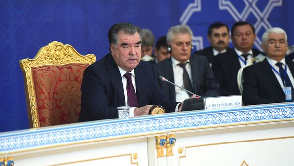 Президент Республики Таджикистан, Эмомали Рахмон, архивное фото - Sputnik Тоҷикистон