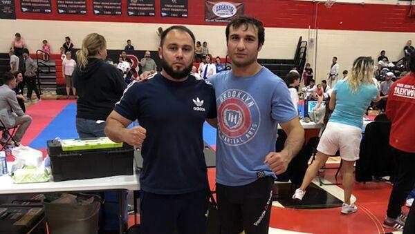 Таджикский боец Шохин Сафаров снова лучший в США - Sputnik Таджикистан