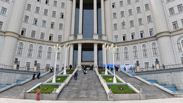 Национальная библиотека в Душанбе, архивное фото - Sputnik Тоҷикистон