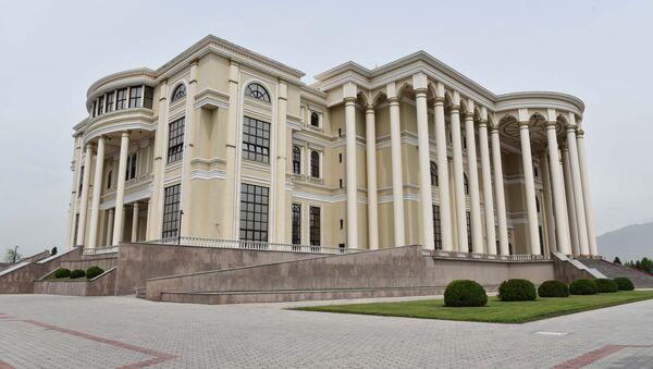 Дворец нации в Душанбе, архивное фото - Sputnik Тоҷикистон