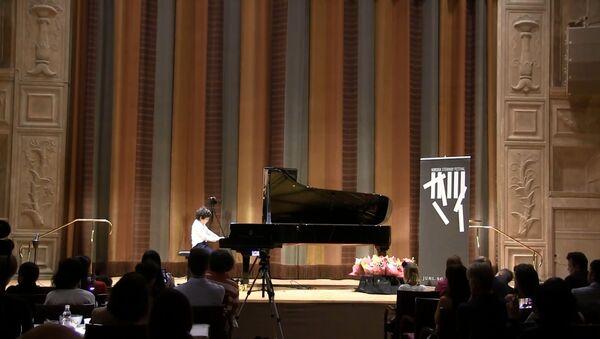 9-летний таджик победил на конкурсе пианистов в Швеции - Sputnik Таджикистан