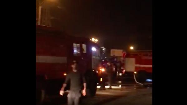 Пожар на рынке Султони Кабир в Душанбе - Sputnik Таджикистан