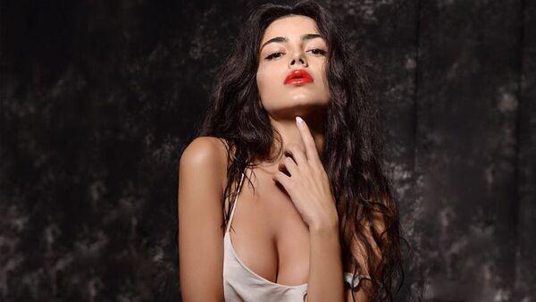 Украинская модель азербайджанского происхождения Фарида Ибрагимова - Sputnik Таджикистан