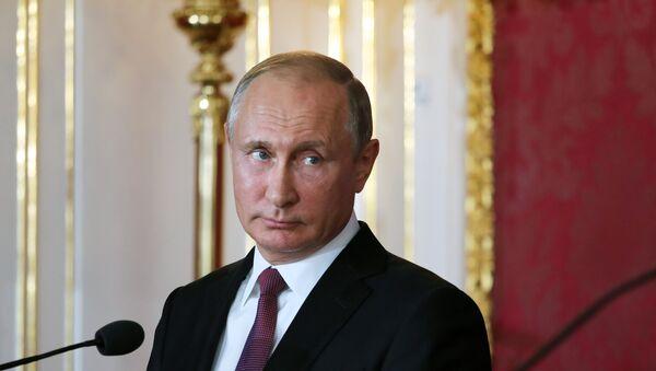 Президент РФ В. Путин, архивное фото - Sputnik Таджикистан