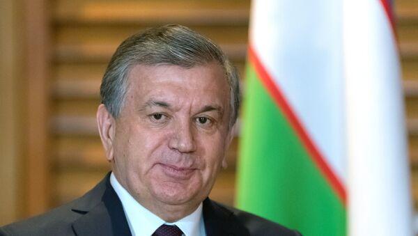 Президент Республики Узбекистан Шавкат Мирзиёев на саммите ШОС в Китае - Sputnik Таджикистан