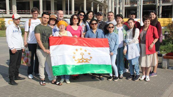 Таджикские артисты на фестивале Этномир - Sputnik Таджикистан