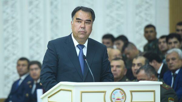 Председатель Согдийской области Раджаббой Ахмадзода, архивное фото - Sputnik Тоҷикистон