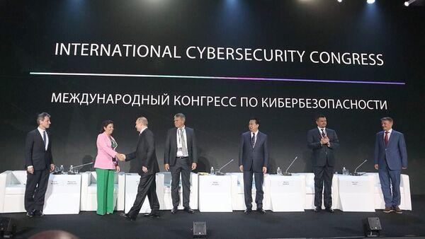 Маргарита Симоньян - Sputnik Таджикистан