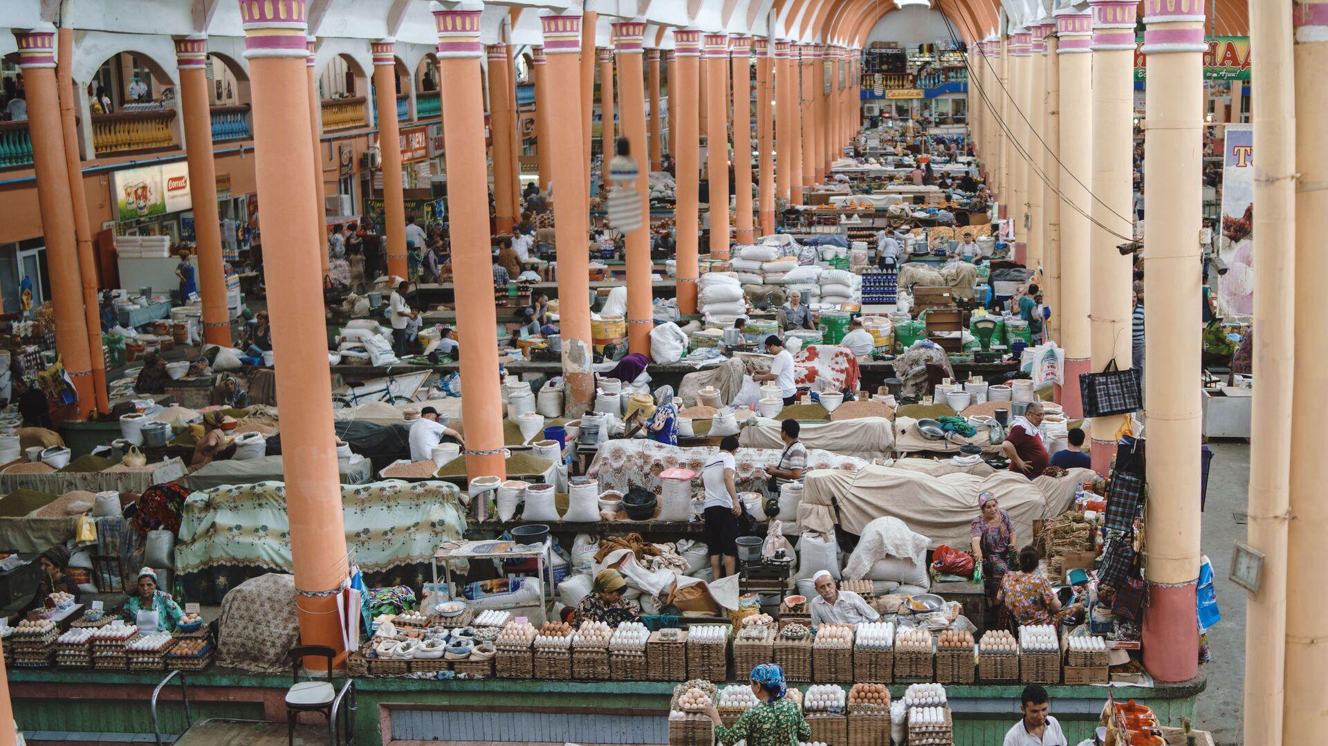 Рынок Панчшанбе в городе Худжанд, архивное фото - Sputnik Тоҷикистон, 1920, 18.04.2021