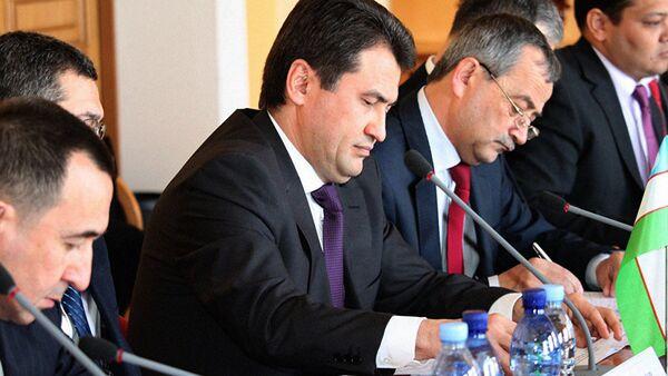 Заместитель представителя АО Узбекистон темир йуллари Акмал Камалов - Sputnik Таджикистан