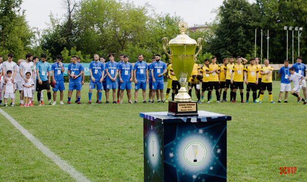 РОО НУР проведет футбольный чемпионат среди Таджиков - Sputnik Таджикистан