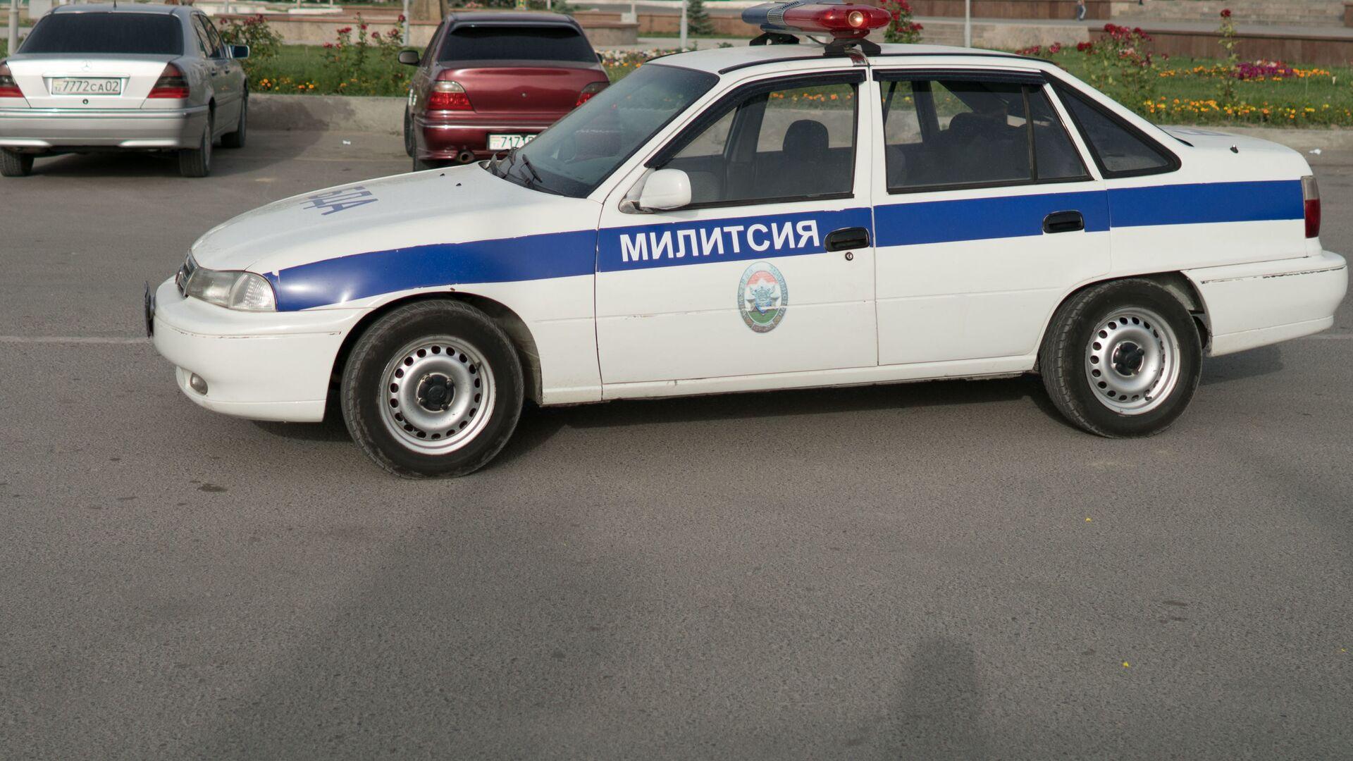 Машина милиции в Таджикистане, архивное фото - Sputnik Тоҷикистон, 1920, 06.09.2021