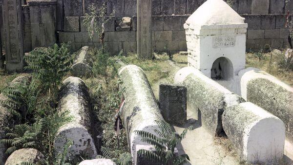 Кладбище Кырхляр в Дербенте - Sputnik Таджикистан