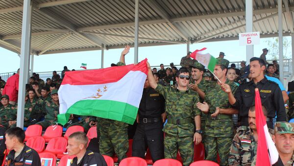 Таджикистан на танковом биатлоне - Sputnik Таджикистан