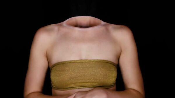 Девушка без головы - Sputnik Таджикистан