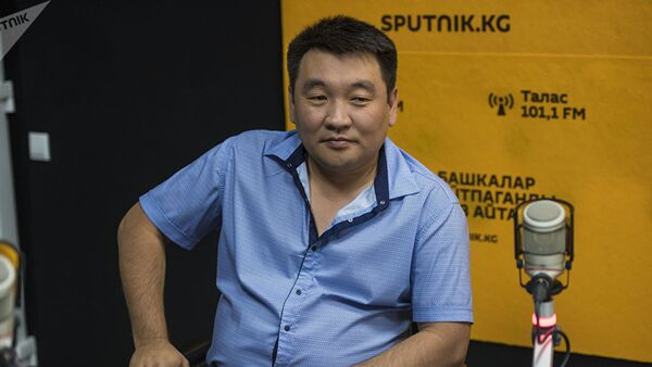 Пластический хирург Рустам Суюнбаев - Sputnik Таджикистан