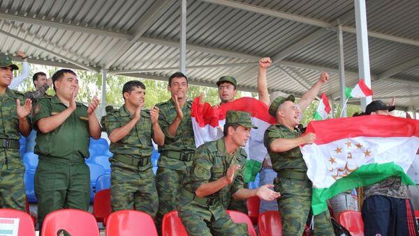 Военные Таджикистана на танковом биатлоне - Sputnik Таджикистан