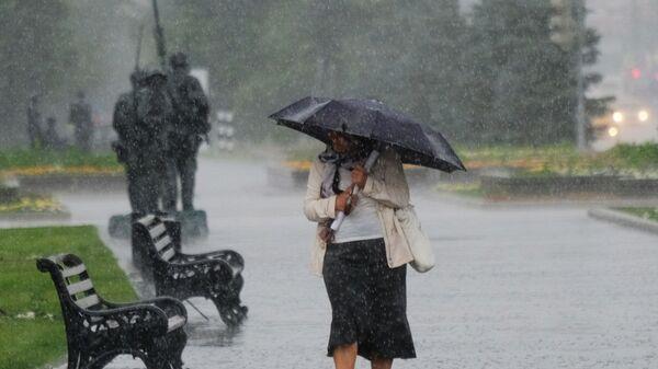Дождь, архивное фото - Sputnik Тоҷикистон