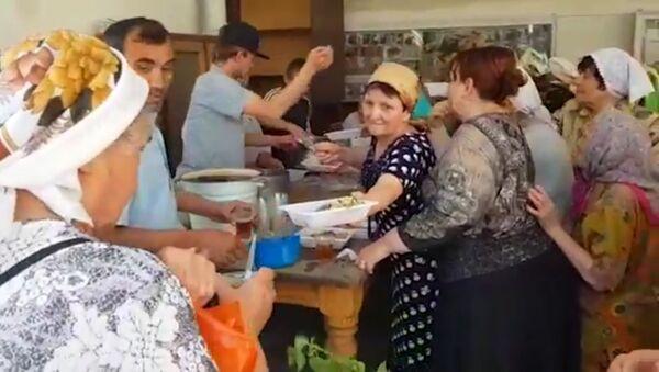 Православные помогают нуждающимся в Таджикистане - Sputnik Таджикистан