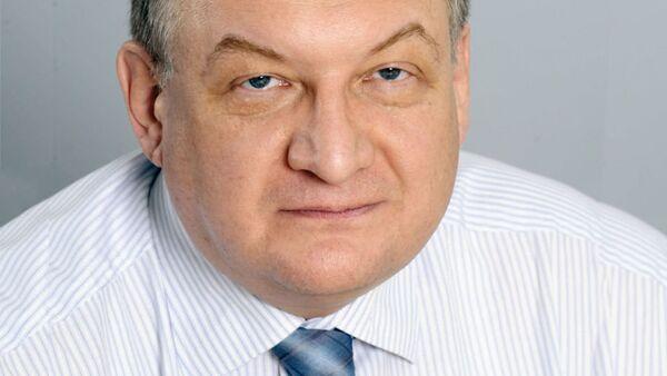 Доктор экономических наук, проректор Финансового университета при правительстве РФ Алексей Зубец - Sputnik Таджикистан