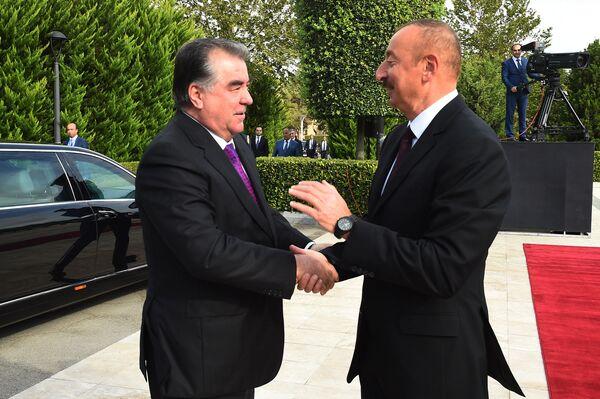 Встреча президента Эмомали Рахмона с президентом Азербайджана Ильхамом Алиевым - Sputnik Таджикистан