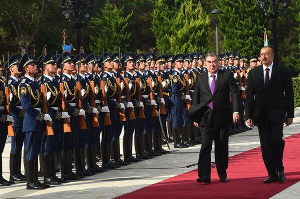 Официальный визит Эмомали Рахмона в Азербайджан - Sputnik Таджикистан