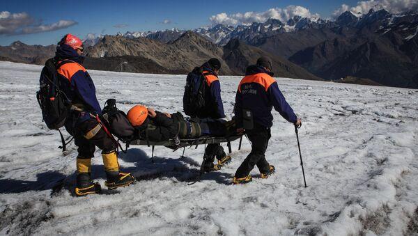 Поисково-спасательный отряд МЧС России, архивное фото - Sputnik Таджикистан