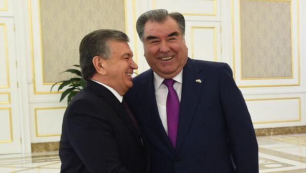 Президент Таджикистана Эмомали Рахмон и Президент Узбекистана Шавкат Мирзиёев - Sputnik Тоҷикистон