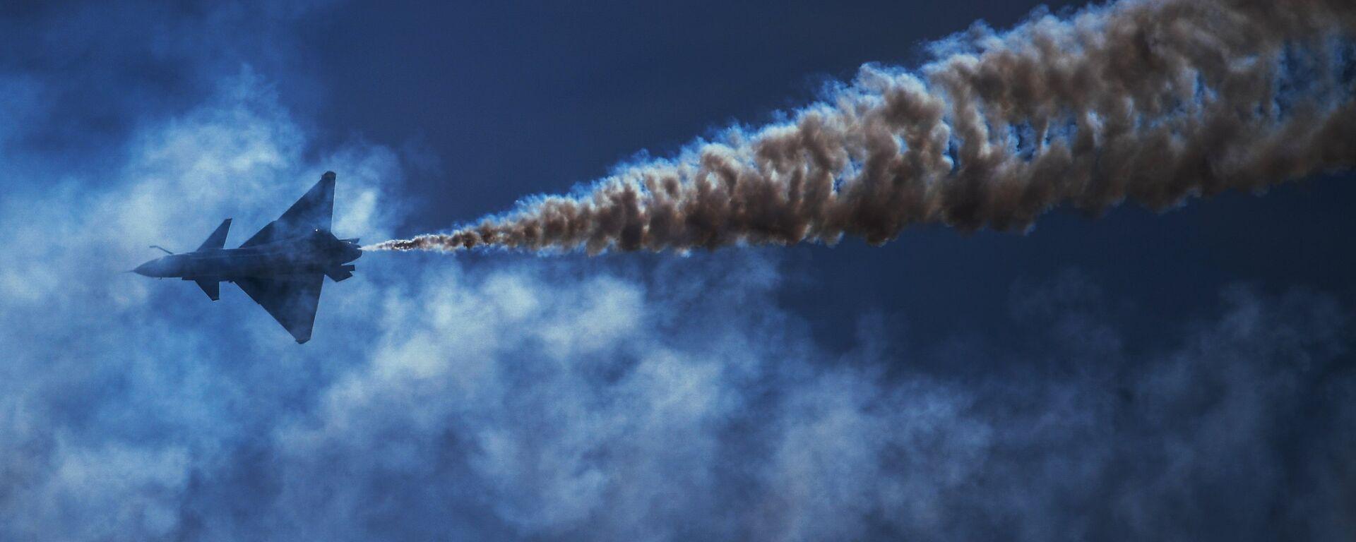 Истребитель, архивное фото - Sputnik Таджикистан, 1920, 28.05.2021