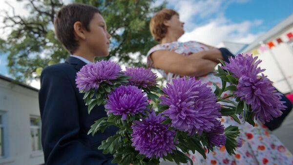 Начало учебного года в школах - Sputnik Таджикистан