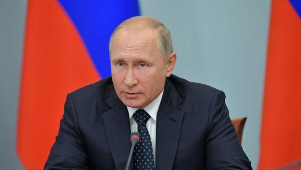 Рабочая поездка президента РФ В. Путина в Сибирский федеральный округ  - Sputnik Таджикистан