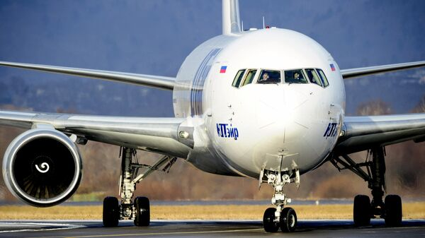 Самолет Boeing 767-200 авиакомпании ЮТэйр, архивное фото - Sputnik Тоҷикистон