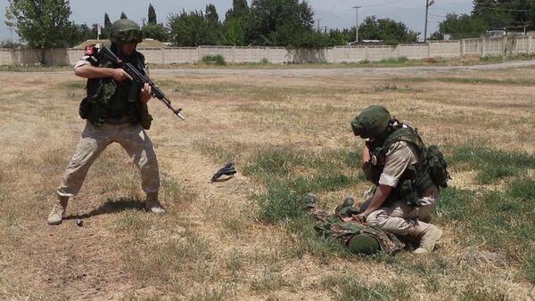 Учения 201-й РВБ-антитеррор в Таджикистане, архивное фото - Sputnik Таджикистан
