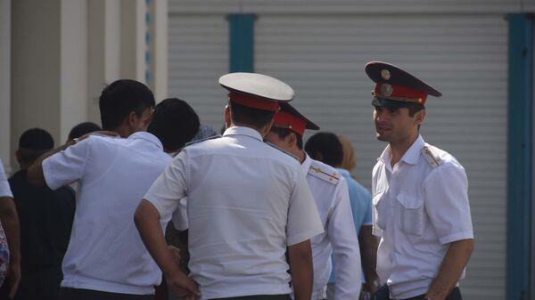 Милиционеры в Душанбе, архивное фото - Sputnik Тоҷикистон