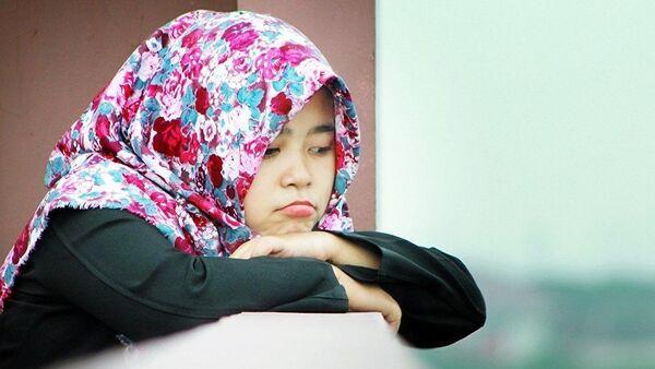 Девочка в хиджабе, архивное фото - Sputnik Таджикистан