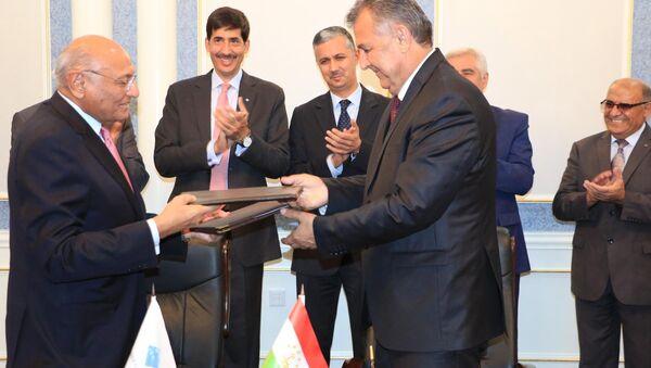 Соглашение между Минобрнауки Таджикистана и Университетом Центральной Азии - Sputnik Таджикистан