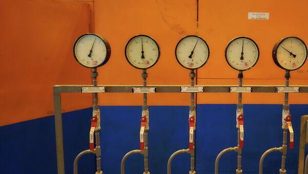 Контрольно-измерительные приборы в зале парогазовых установок - Sputnik Тоҷикистон