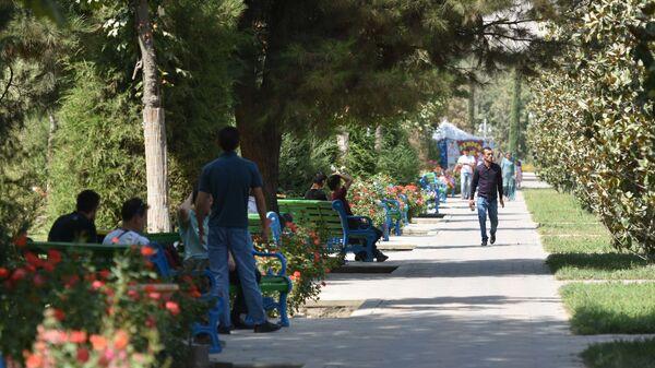 На улице в Душанбе, архивное фото - Sputnik Таджикистан