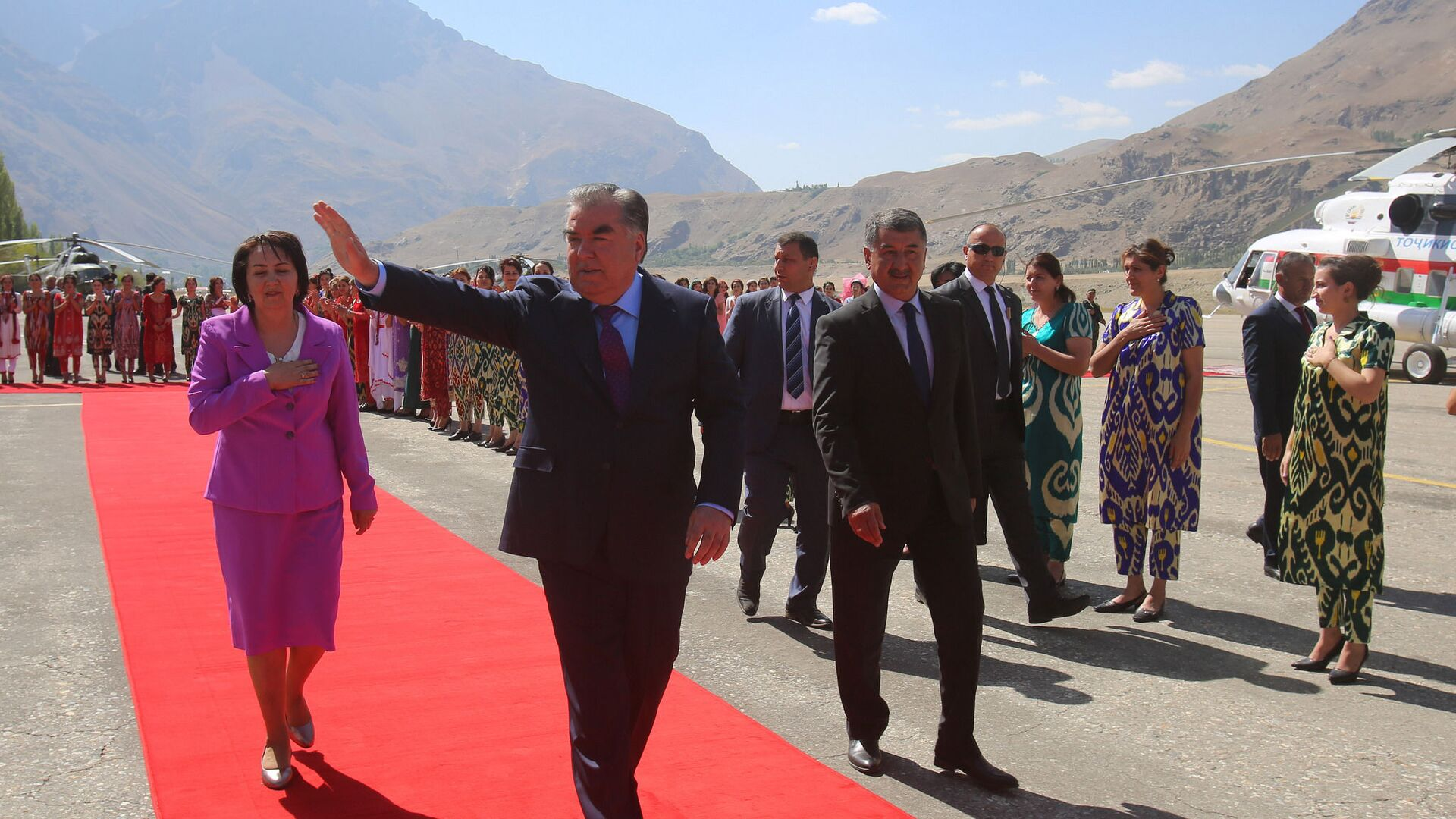 Эмомали Рахмон посетил ГБАО - Sputnik Таджикистан, 1920, 23.09.2021
