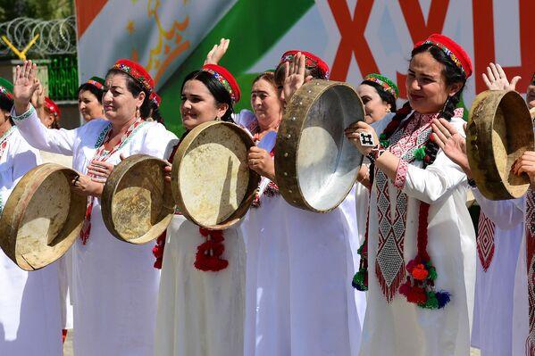 Торжественная встреча Эмомали Рахмона в ГБАО - Sputnik Таджикистан