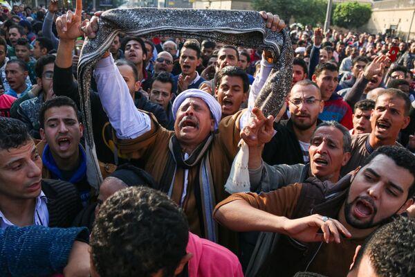 Протестующие в центре Каира, Египет - Sputnik Таджикистан