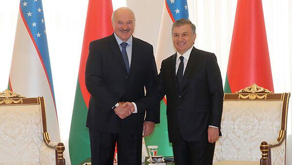 Президент Узбекистана Шавкат Мирзиёев и президент Беларуси Александр Лукашенко - Sputnik Тоҷикистон