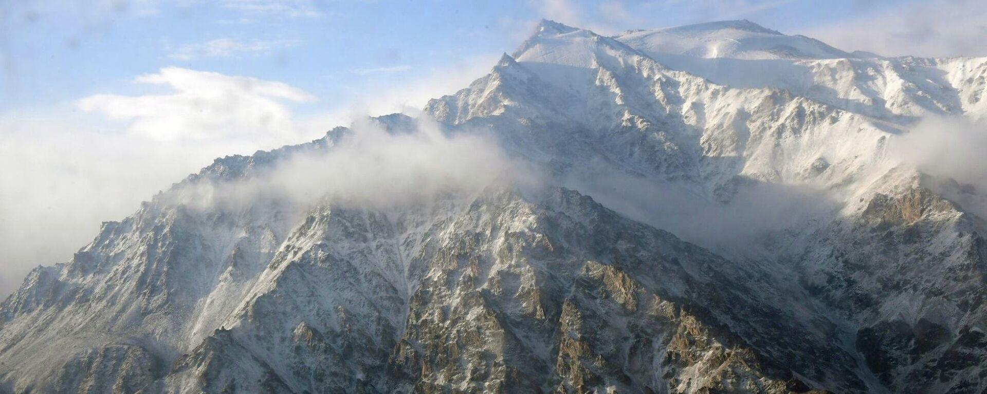 Горы Памира - Sputnik Таджикистан, 1920, 10.02.2020