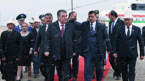 Президент Таджикистана в Мургабском районе ГБАО - Sputnik Тоҷикистон