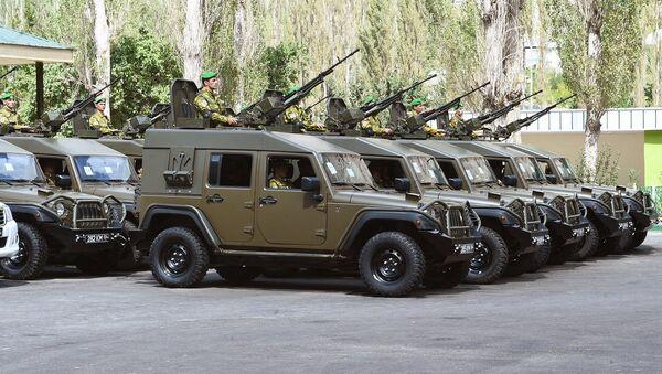 Новая военная спецтехника для пограничного отряда  - Sputnik Таджикистан