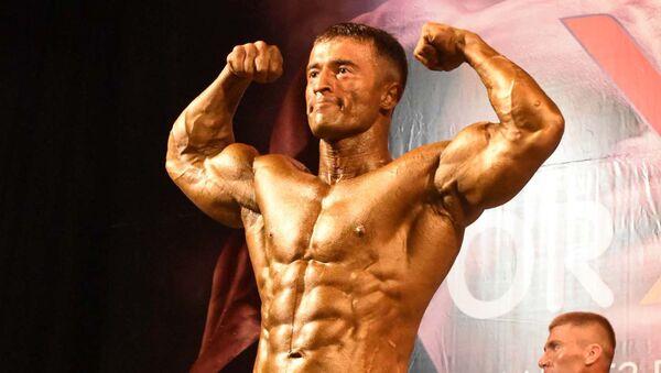 Чемпион по бодибилдингу Фирдавс Дустов - Sputnik Таджикистан