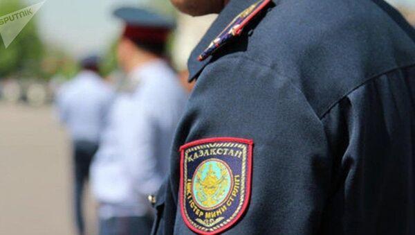 Полицейская форма в Казахстане, архивное фото - Sputnik Таджикистан