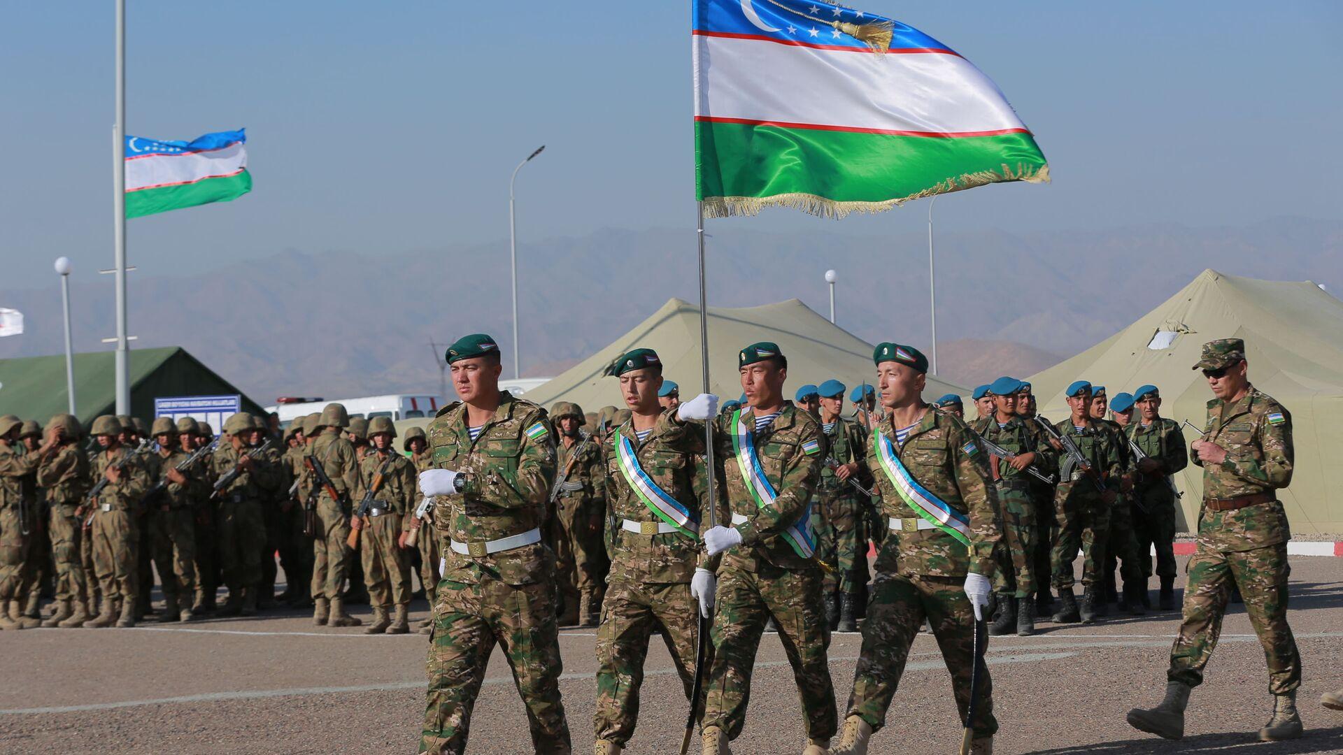 Двусторонние учения военных Узбекистана и Таджикистана по уничтожению условных террористических группировок - Sputnik Таджикистан, 1920, 02.08.2021