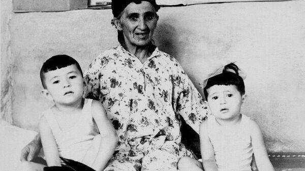 Уникальная фотография матери первого президента Узбекистана - Sputnik Тоҷикистон