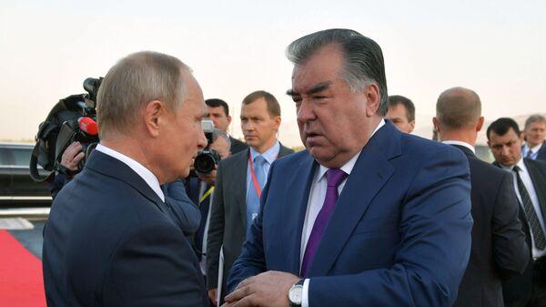 Президент РФ Владимир Путин и президент Таджикистана Эмомали Рахмон - Sputnik Тоҷикистон